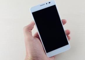 评测TCL idol X+ 手机正式版怎么样及中兴Memo II耐用吗