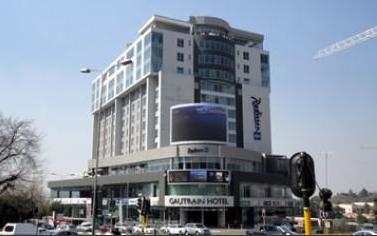 酒店物业基金以4.43亿兰特收购Radisson Blu Gautrain酒店