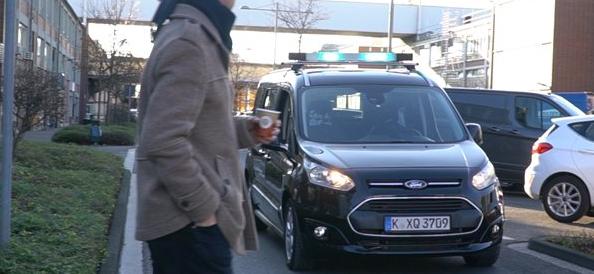福特为自动驾驶汽车测试基于光的视觉语言