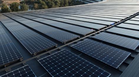 苹果宣布所有现在全部由可再生能源供电的设施