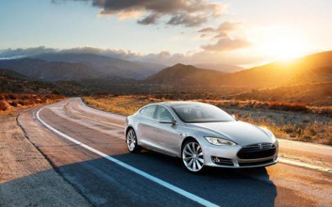 特斯拉中国下调Model 3 SR+价格以符合新能源汽车补贴规定