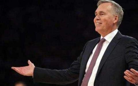 如果NBA赛季复出的话迈克德安东尼将成为面具教练
