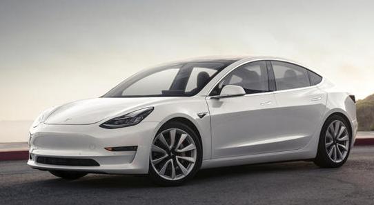 特斯拉Model 3获得一些重要的车载功能