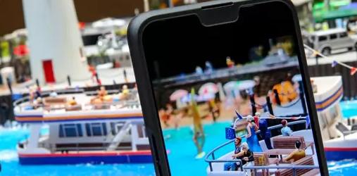 OPPO在原型智能手机上展示10倍无损缩放技术