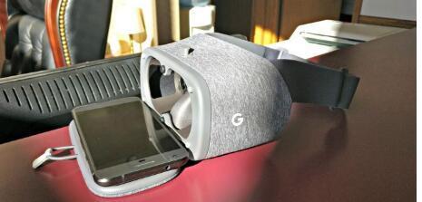 Daydream View用户现在可以使用Chrome在VR中浏览网页