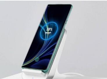 OnePlus Warp Charge 30无线充电器在印度的价格公布
