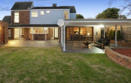 墨尔本拍卖BlackRock房屋在快速射击虚拟拍卖后以276万澳元售出