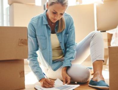 第四阶段锁定期间的墨尔本房地产和解允许终止租赁服务