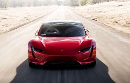 埃隆马斯克确认Tesla Semi与Cybertruck都将获得新电池