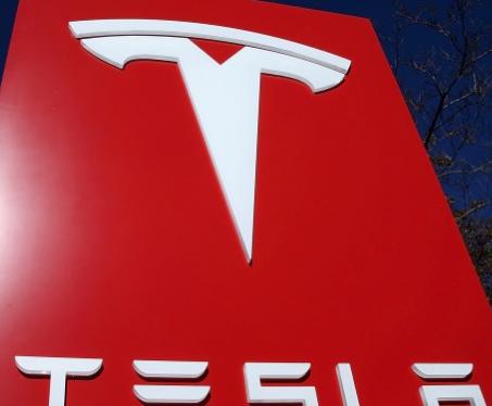 特斯拉我们的下一代电池技术将帮助制造25000美元的电动汽车