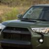 2021年福特野马和2020年丰田4Runner代表了越野SUV系列的相反两端
