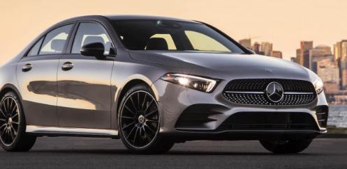 梅赛德斯-奔驰周二表示其新款2020A级轿车的价格为33495美元