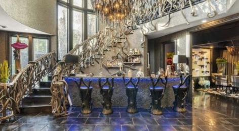 菲尔博士的儿子乔丹麦格劳在洛杉矶异常寻常的房屋挂牌出售指导价为575万美元