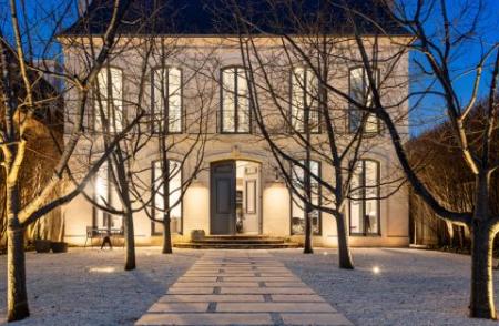 肖恩沃恩的故居毗邻的两个街区售价超过400万美元