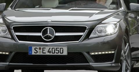 梅赛德斯-奔驰正在召回较旧的轿车