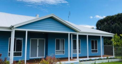 您可以以不到60万美元的价格购买莫宁顿半岛六套海滨别墅