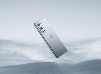 观看OnePlus9系列智能手机发布会现场直播