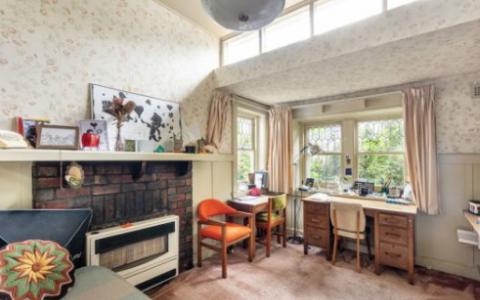 原始的1920年代Kew房屋在今年以456.3万美元的价格出售