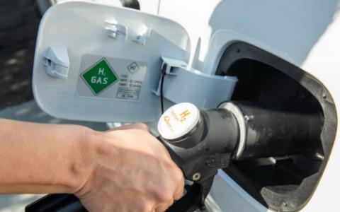 现代和起亚加入加拿大公司创造绿色氢