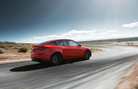 随着竞争对手推出新电动汽车特斯拉正在失去市场份额