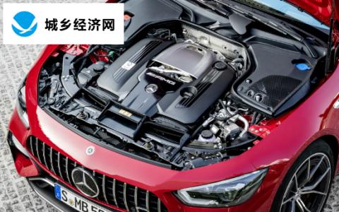 梅赛德斯奔驰的强大V8可以坚持十年左右